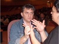 Imagen de la persona sordociega Prudencio Brito, socio de Asocide Canarias, participando en estas Jornadas.